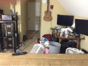 Tom-Nardone-clutter-2